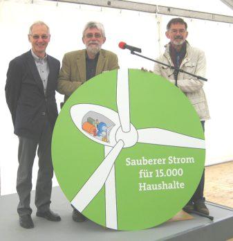 """Die Vorstände Günter Prüfer und Dr. Jürgen Drewitz sowie der Vorstand Eckhard Hempfling von der DEiN eG. nahmen auch an der Feierstunde teil (vlnr.). Die DEiN eG. ist an dem Projekt """"Rohrberg"""" nicht beteiligt."""